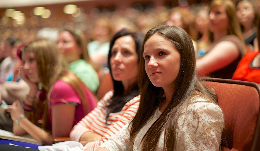 mulheres na igreja