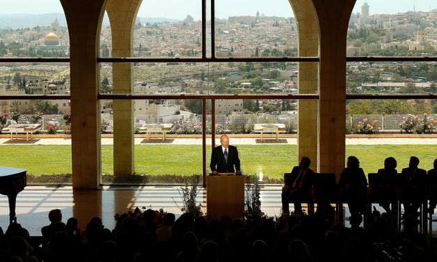 Presidente Nelson chega em Jerusalém, onde tudo aconteceu
