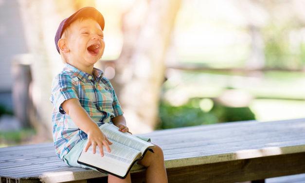 Como ajudar as crianças a desenvolverem um relacionamento com Deus