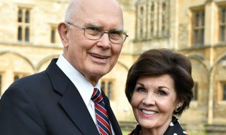 A experiência que a irmã Oaks teve ao namorar um apóstolo