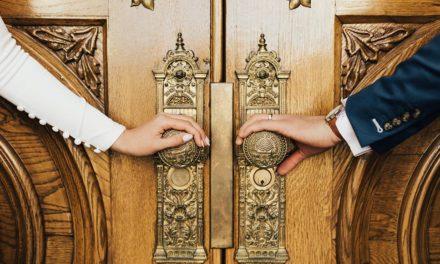 Conselheira matrimonial santo dos últimos dias fala sobre intimidade no casamento