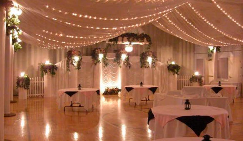 Maio, mês das noivas – 10 fotos de recepções elegantes no salão cultural