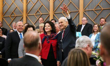 Em Alberta, Canadá, o Presidente Nelson faz convite especial