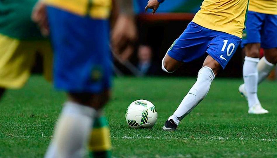 8 santos dos últimos dias que jogaram futebol profissionalmente