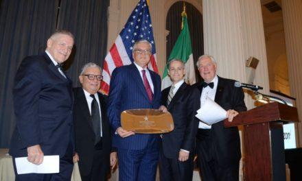 Igreja recebe Prêmio de Boa Vizinhança por esforço humanitário