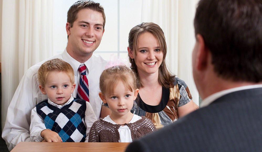Como são as entrevistas da liderança mórmon com as crianças?