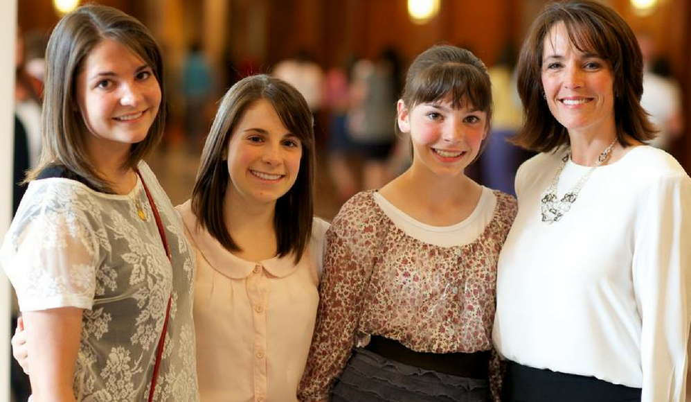 Conheça as 11 mulheres chamadas para o conselho geral das moças e da primária