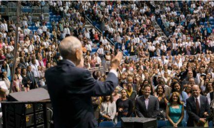 Presidente Nelson incentiva sobreviventes de furacão no Caribe