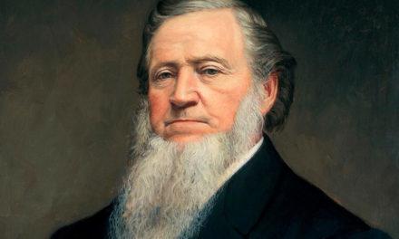 Brigham Young teve uma visão sobre o Centro de Conferências?