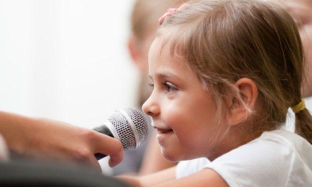Lições que um homem aprendeu ao ensaiar as crianças da Primária