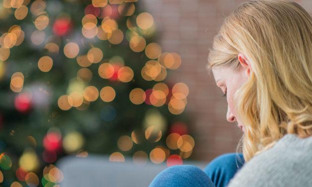 Terapeuta fala sobre como lidar com problemas emocionais durante o Natal