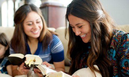 4 Benefícios de estudar as escrituras com outra pessoa