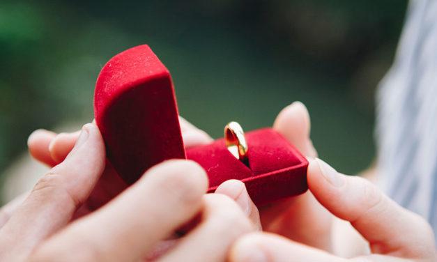 Por que você deve usar sua aliança de casamento