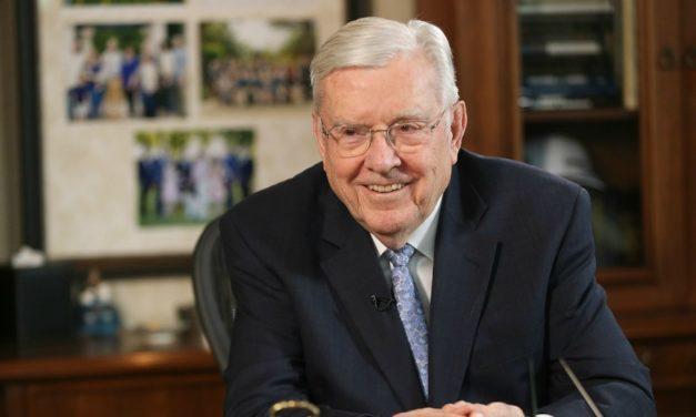 O Pres. Ballard aprende sobre felicidade ao conversar com homens ricos