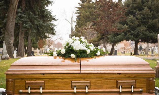 Igreja altera diretrizes para o sepultamento de mulheres com investidura