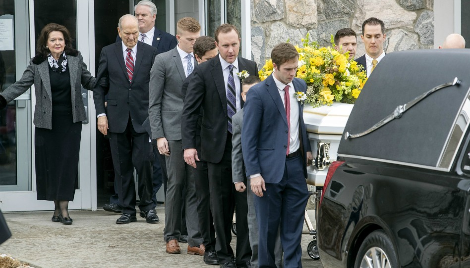 Presidente Nelson fala no funeral da filha, Wendy Maxfield Nelson
