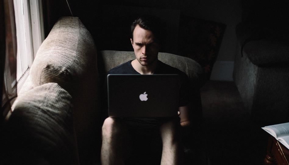 Veja como a Internet pode destruir o seu testemunho