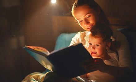 Por que você deveria ler para seus filhos dormirem?