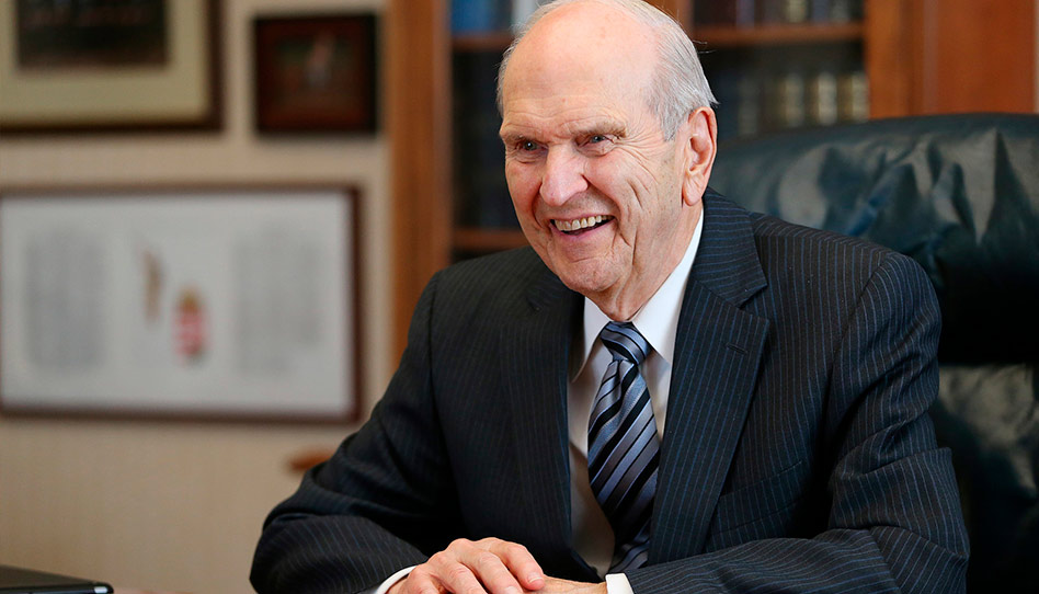 Presidente Russell M. Nelson de A Igreja de Jesus Cristo dos Santos dos Últimos Dias