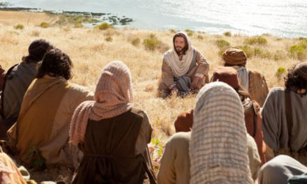 """Vem e Segue-me – Lição 8 – """"Bem-aventurado sois vós"""" Mateus 5, Lucas 6"""