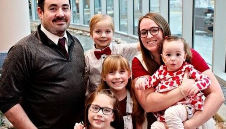 Hospital faz batismo para que uma família participasse junta
