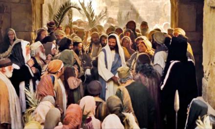 """Vem e Segue-me – lição  21 """"Eis que o teu rei virá"""" Mt 21-23, Mc 11; Lc 19-20; Jo 12"""