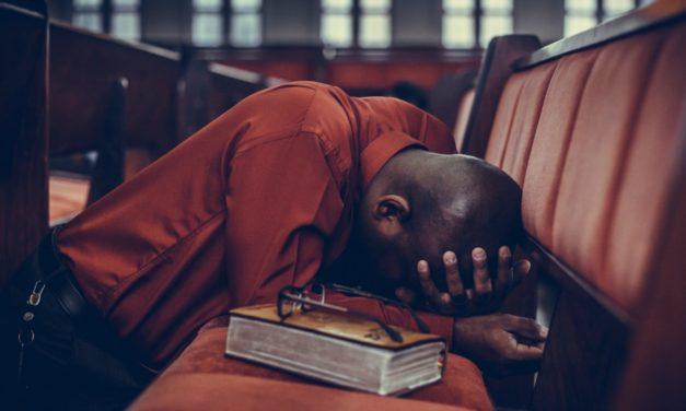Sugestões da irmã Christofferson que mudarão o que você entende sobre a oração
