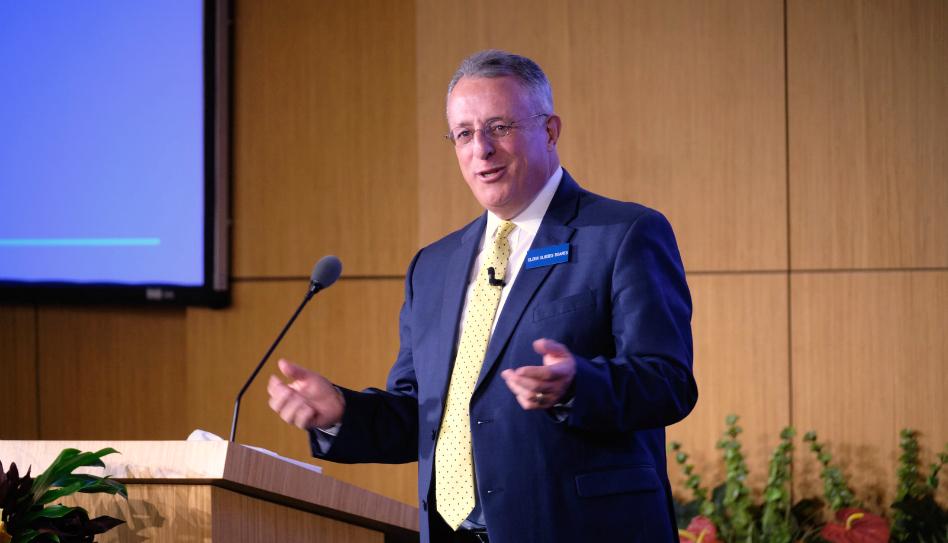 Élder Soares compartilhou 5 dicas para ser feliz durante o serviço missionário