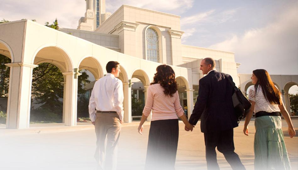 Igreja anuncia ajustes nas roupas cerimoniais do templo