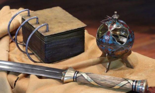 O que havia nas Placas de Latão e por que Labão as possuía?