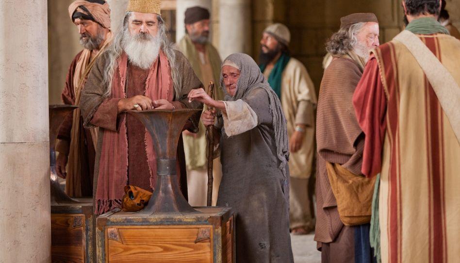 O grande alerta que não percebemos com a história da viúva no templo