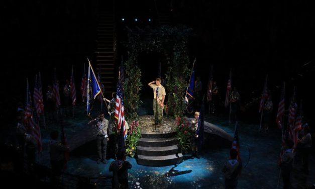Programa Boy Scouts of America faz homenagem honrosa a Igreja.