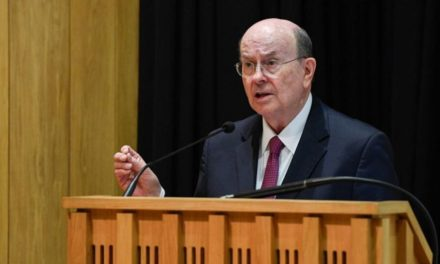 Élder Cook fala em Oxford sobre liberdade religiosa e moralidade pública