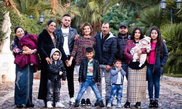 Santo dos Últimos Dias vítima de tráfico de pessoas se reúne com a família depois de 25 anos