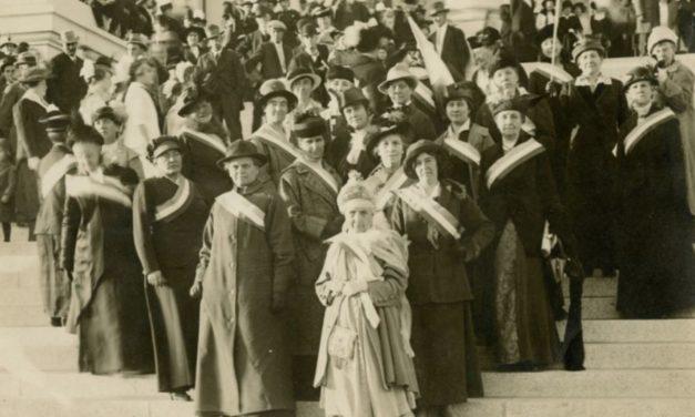 Como a Sociedade de Socorro foi pioneira no direito ao voto das mulheres nos EUA