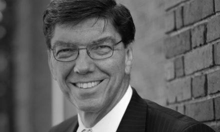 Clayton Christensen, mestre da inovação disruptiva e líder Santo dos Últimos Dias, morre aos 67 anos