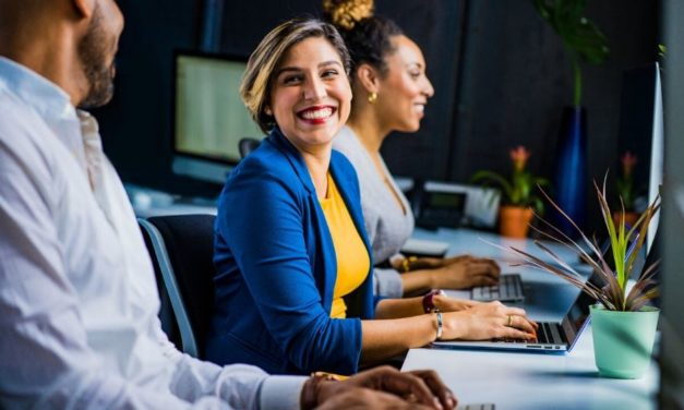 5 Maneiras de trazer o Espírito para o seu local de trabalho
