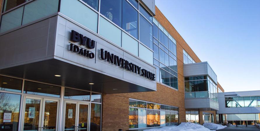 BYU-Idaho não admitirá novos estudantes internacionais no campus durante a primavera de 2020