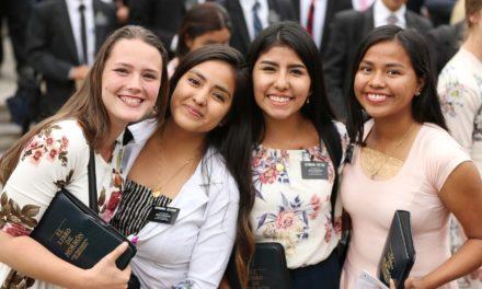 Estudo mostra que mulheres ganham habilidades de liderança ao servir missão