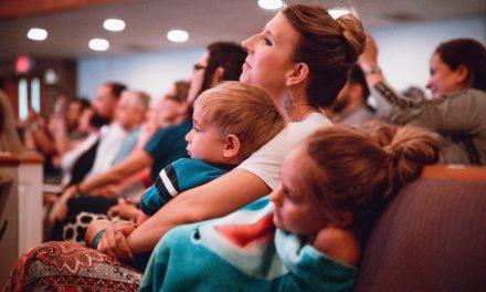 As dificuldades de uma mãe durante a transmissão da Conferência Geral