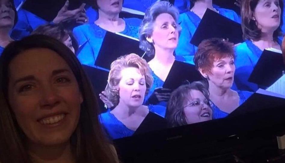 Anjos no Coro: Como uma mulher se conectou com sua mãe durante a Conferência, uma década depois de seu falecimento.