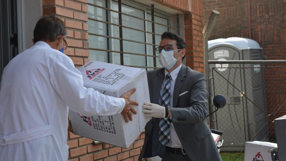A Igreja de Jesus Cristo doa 100 mil dólares em material de proteção contra a COVID-19 no Uruguai