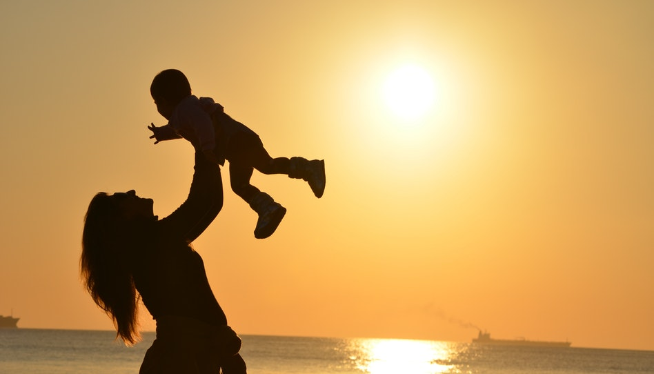 Uma mensagem para as mães sobre se sentirem bem consigo mesmas