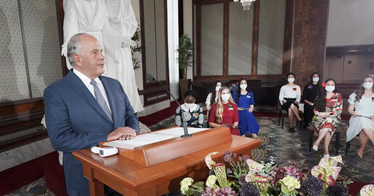 Élder Rasband ensina verdades encontradas na proclamação do bicentenário
