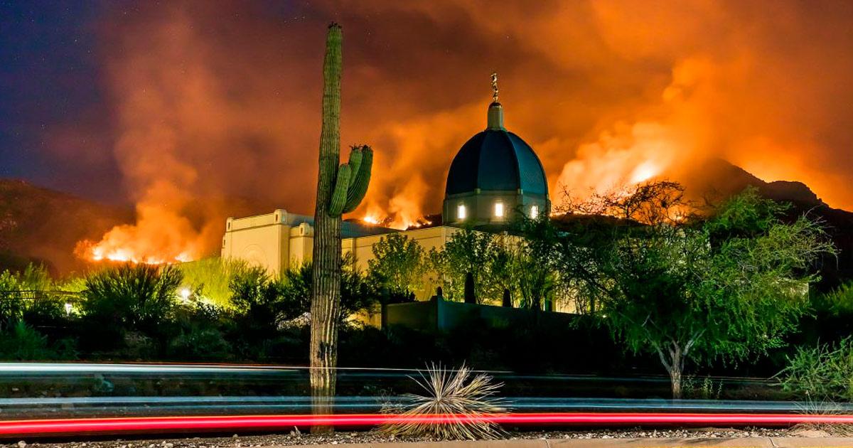 Templo de Tucson em estado de alerta devido a incêndio florestal