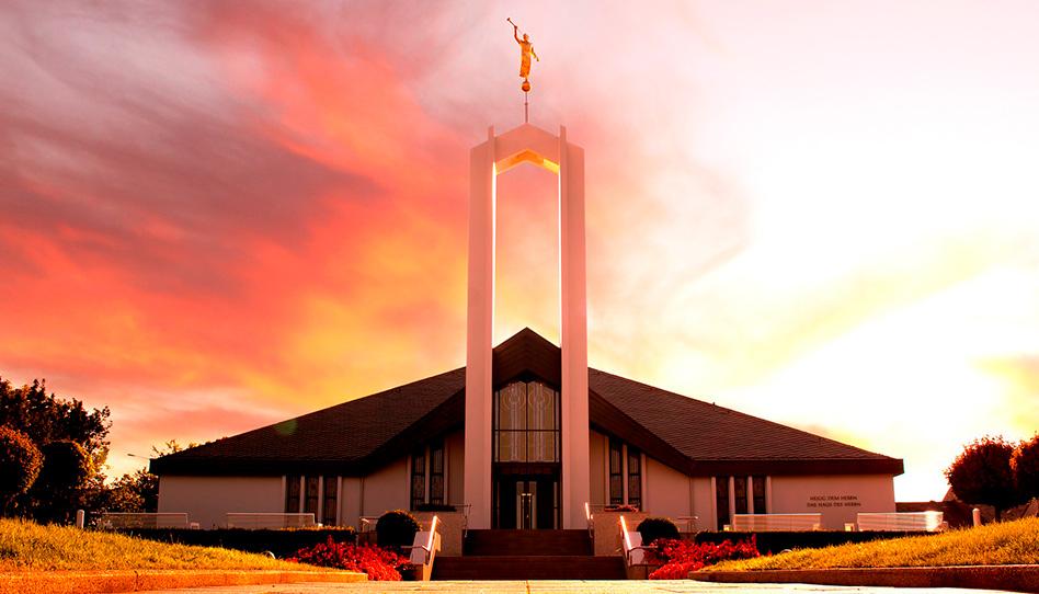 12 templos iniciarão a Fase 2 da reabertura gradual   COVID-19