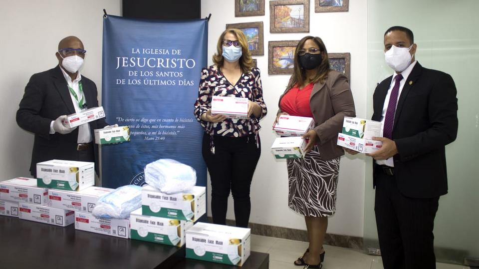 A Igreja de Jesus Cristo doa mais de 100 mil máscaras na República Dominicana