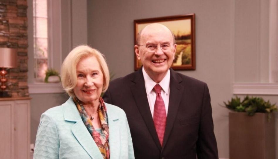 """Elder Cook: """"Missionários são pioneiros espirituais, influenciadores"""" na era das mídias sociais"""