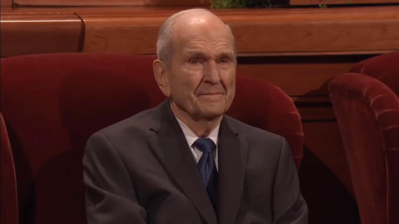 """A Igreja de Jesus Cristo responde: """"Por que temos a Conferência Geral?'"""