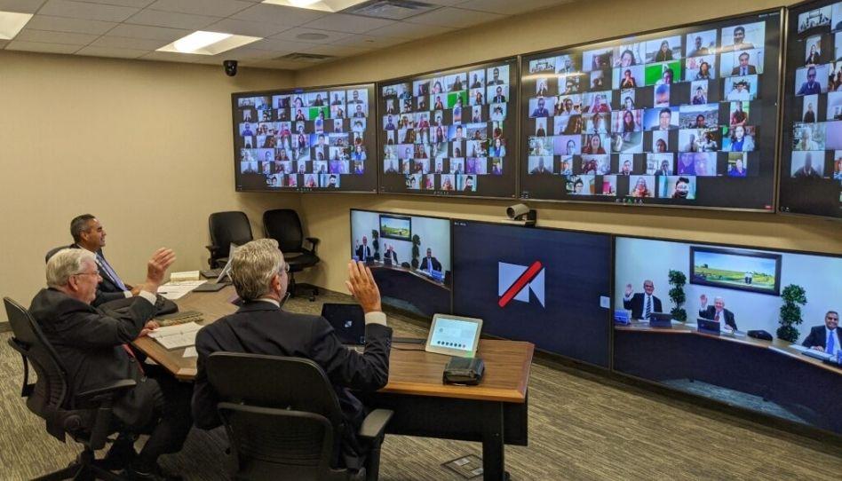 Presidente M. Russell Ballard fala sobre a tecnologia e suas bênçãos nos dias de hoje